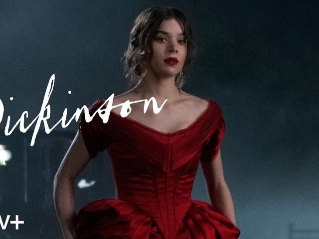 """""""Dickinson"""": nuovo trailer con la canzone originale """"Afterlife"""" di Hailee Steinfeld"""