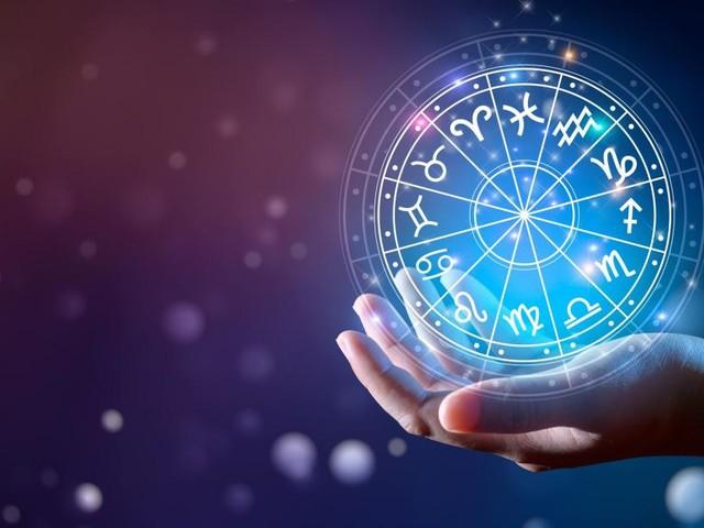 Previsioni astrologiche 26 ottobre: Scorpione con la testa sui libri, Leone intuitivo