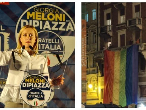 Folla a Ponterosso per il comizio di Giorgia Meloni. Da un balcone spunta una maxi-bandiera arcobaleno