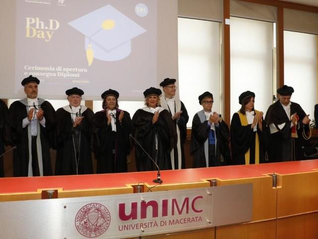 Unimc festeggia i suoi trenta nuovi dottori di ricerca