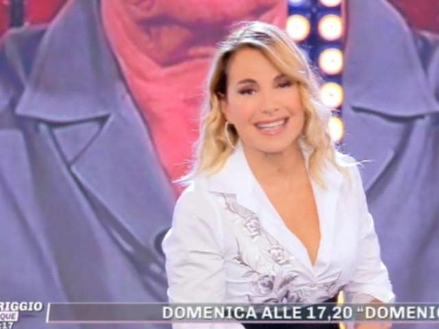 Barbara D'Urso, 'incidente' in diretta a Pomeriggio 5: è accaduto a inizio puntata