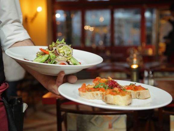 Dpcm, Fipe: 'Queste nuove misure costano altri 2,7 miliardi alla ristorazione'