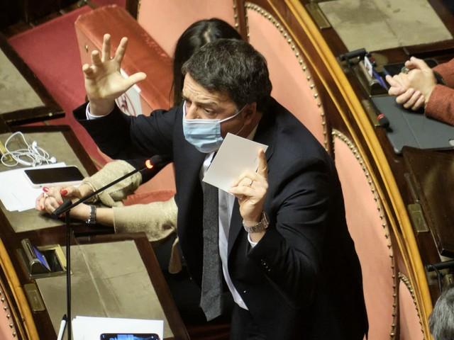 Renzi non manda in soffitta la crisi di governo