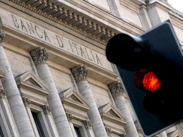 Debito pubblico, nuovo record a febbraio: sale a 2.363,685 miliardi