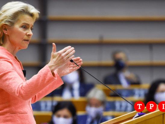 """Von der Leyen, discorso su stato dell'Unione: """"Salari minimi per tutti, l'Ue sta col popolo bielorusso"""""""