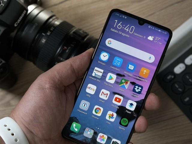Tornano prepotenti Huawei P30 e Galaxy S10 con offerte Amazon di novembre: prezzi aggiornati