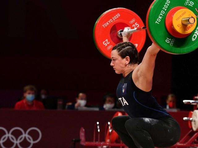 Altre tre medaglie 'rosa' per l'Italia nella quarta giornata, sorpresa dai pesi