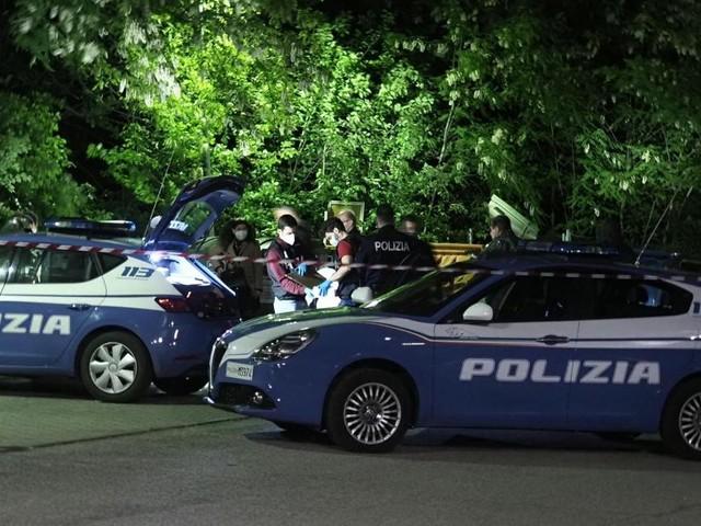 Bologna, 31enne uccisa dal compagno e gettata nel cassonetto: anche lui ritrovato morto