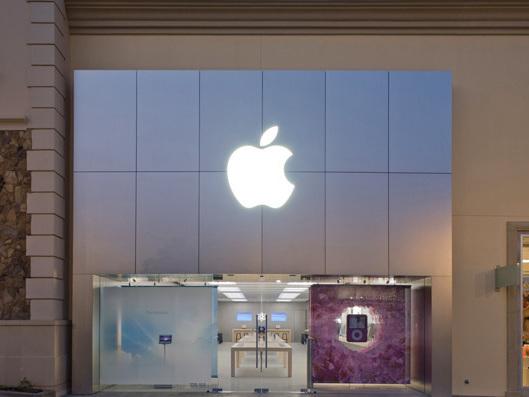 Le entrate di Apple Store aumentano al 31% nel 2019
