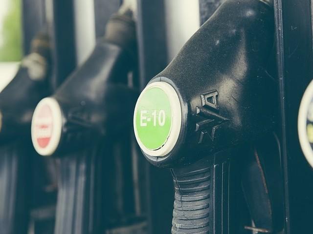 Come sono fatti i tubi flessibili per carburanti