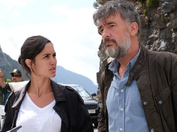 Programmi TV di stasera 10 novembre: La caccia – Monteperdido su Canale 5, Le Iene Show su Italia 1