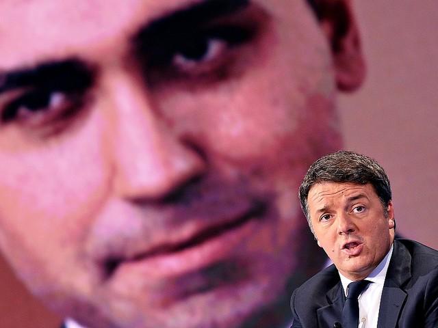 Manovra, Renzi e M5s all'attacco. Blog delle Stelle: 'Su pos e partite Iva non c'è intesa, serve vertice'. Conte: 'Ridurre commissioni'