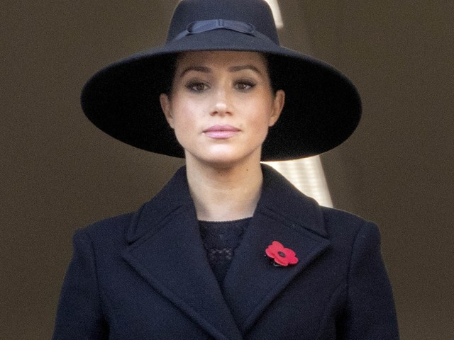 Meghan Markle nella bufera per il cappotto di Stella McCartney cucito dagli operai