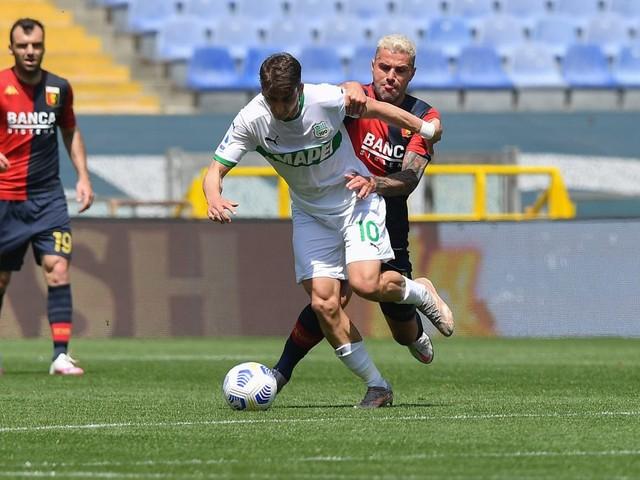 Il Sassuolo vince 2-1 in casa del Genoa e prosegue il sogno Europa