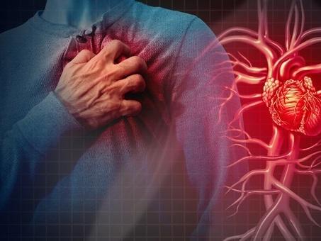 Stress da lavoro danneggia il cuore: i turni lunghi possono causare aritmie, ictus e infarti
