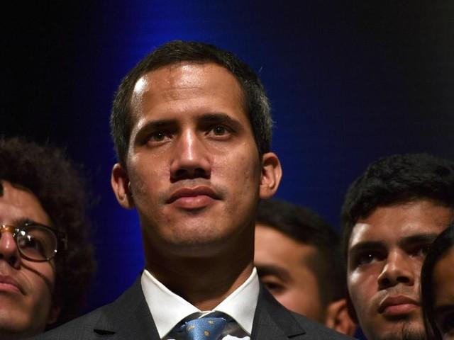 """Venezuela, lettera di Guaidó: """"Sconcertati dalla posizione dell'Italia"""""""