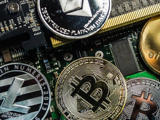 Regole e monete digitali diStato: rischi e opportunità di Libra