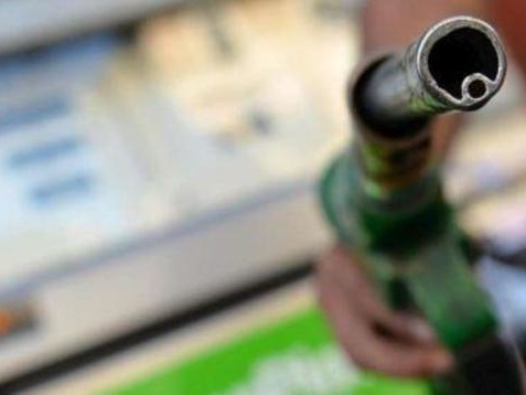 Emendamento Manovra, sulle accise dei carburanti clausola di salvaguardia da 3 miliardi in tre anni