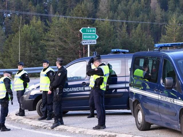 La magistratura archivia le inchieste contro la polizia francese