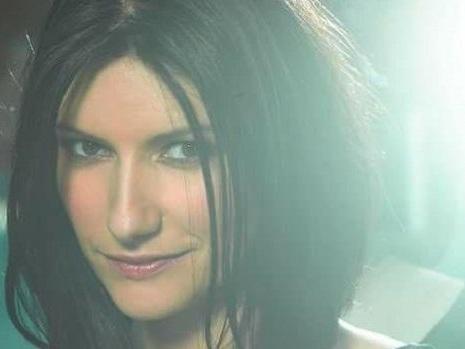 Laura Pausini a Sanremo 2018? Due conferme sul Festival di Baglioni tra ospiti e Big in gara