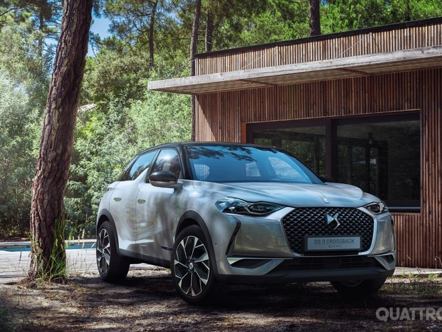 DS 3 Crossback - Chic e hi-tech, la nuova Suv sfida Q2 e Mini Countryman