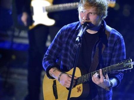 Ed Sheeran diventa un cartoon per i Simpson: il cantautore protagonista di una puntata del serial