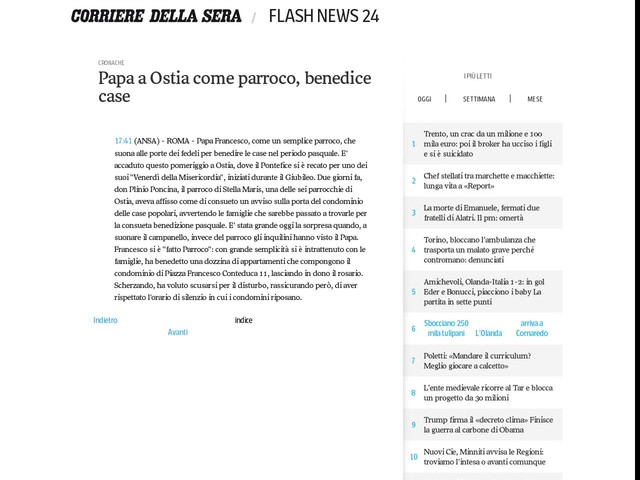 Papa a Ostia come parroco, benedice case