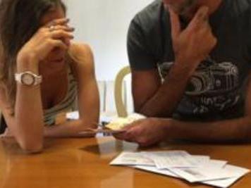 Salute: mariti stressati se mogli guadagnano oltre 40% reddito familiare
