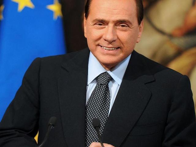 """Silvio Berlusconi ha deciso: """"Mi candido alle elezioni europee"""""""