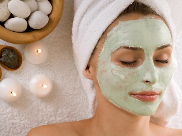 Pulizia viso: gli step per una pelle perfetta