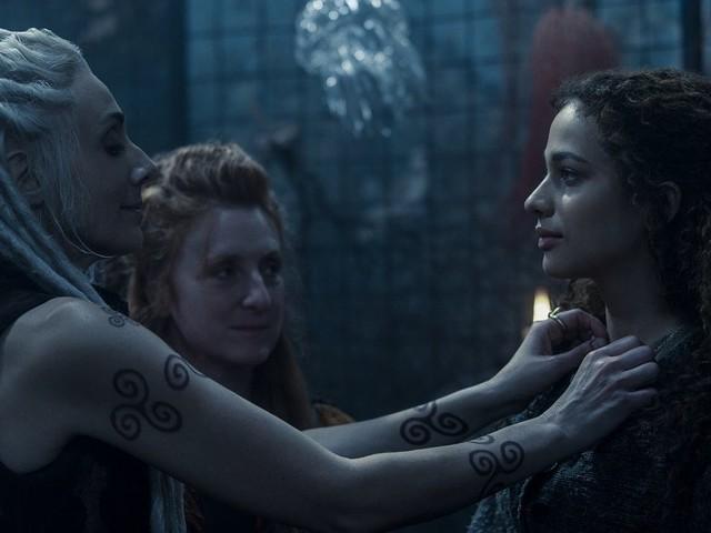 Luna Nera arriva su Netflix a gennaio con Nina Fotaras: il trailer lancia la terza serie italiana della piattaforma