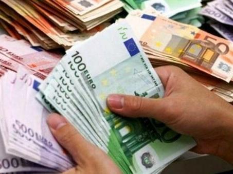 Promotore finanziario tenuto prigioniero: in 4 lo obbligano a recuperare 500mila euro depositati illegalmente in Svizzera e Portorico