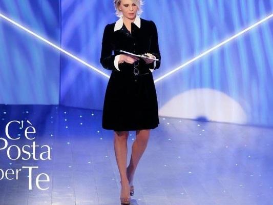 C'è posta per te 2019: puntata speciale in onda stasera su Canale5