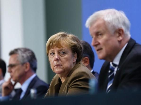 """Migranti, la Germania conferma: """"Prendiamo il 25% di chi sbarca in Italia"""""""