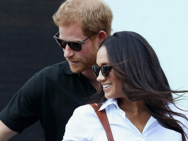 Meghan Markle incontra la Regina Elisabetta con il suo Harry