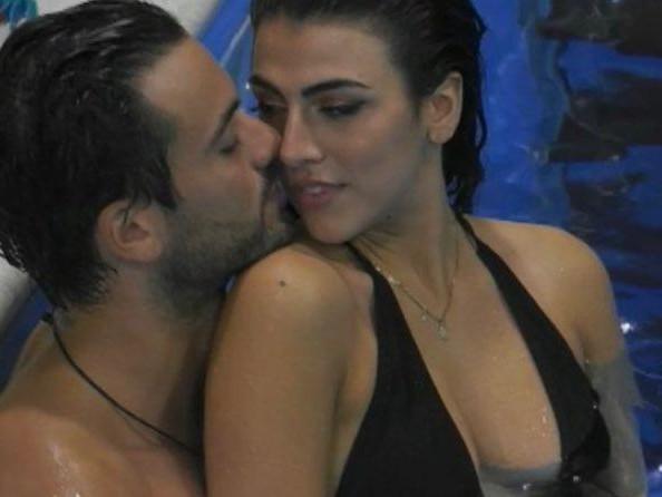 'Gf Vip 5', esplode la passione tra Pierpaolo Pretelli e Giulia Salemi! (Video)