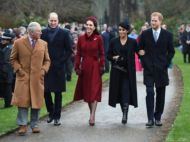 Nuovi eredi per Meghan Markle e Kate Middleton? A corte si pianificano anche le gravidanze