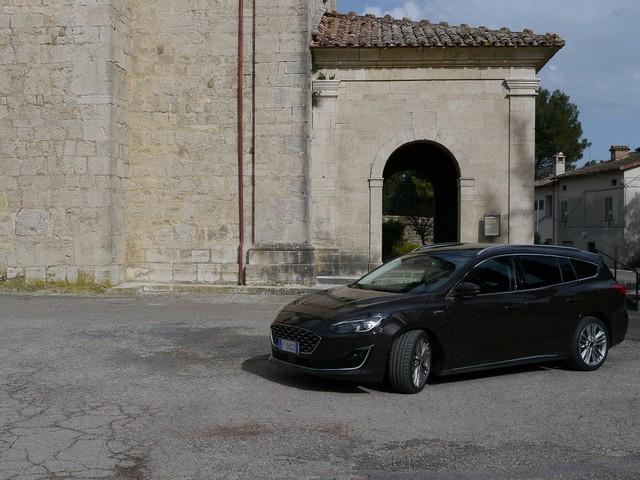 Nuova Focus wagon Vignale, eleganza in abito lungo