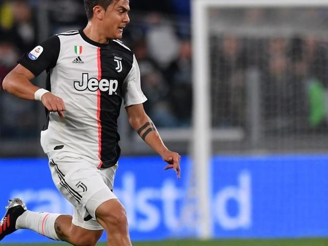 Juventus, l'agente di Dybala vola a Manchester per trovare l'accordo con lo United