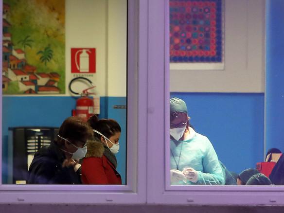 Coronavirus, terzo morto in Italia La situazione: contagi raddopppiati l'Austria blocca i treni al Brennero