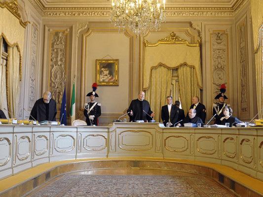La storica sentenza della Corte Costituzionale sull'aiuto al suicidio