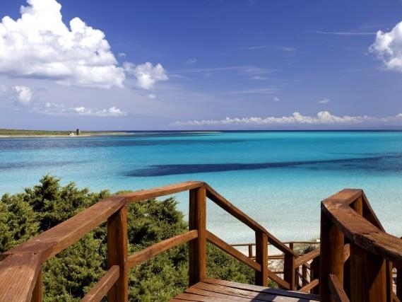 Sardegna in 1/2 PENSIONE! 7 notti a Stintino in eccellente hotel 3* con piscina da 399€!