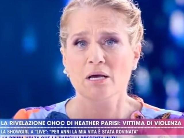 Live Non è la D'Urso, Heather Parisi racconta d'aver subito in passato violenze domestiche
