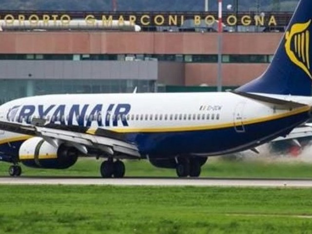 Tutti gli aggiornamenti su rimborso voli Ryanair e EasyJet, ultime partenze straordinarie fino al 13 marzo