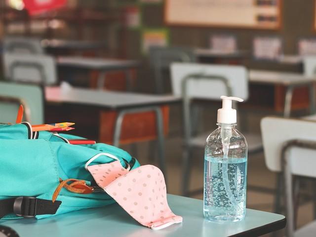 Aumento contagi in scuole modenesi, molte le classi che tornano in Dad. Flc Cgil: sistema monitoraggio non serve a niente