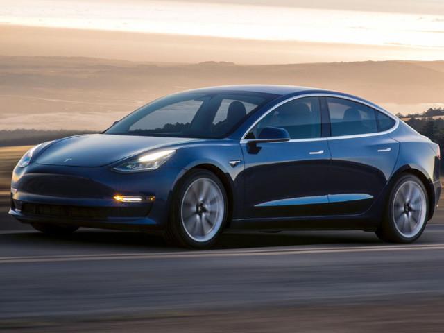 Tesla Model 3, i difetti di produzione che allarmano Elon Musk