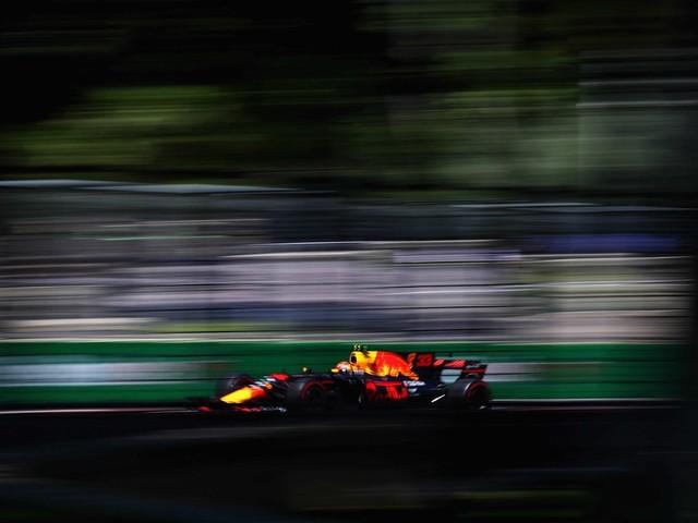 Gp Azerbaigian, Libere 2 - Verstappen il più veloce, nonostante l'incidente finale
