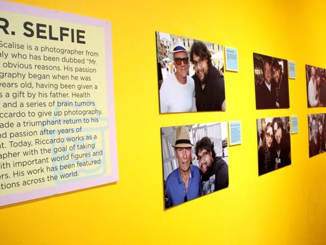 Mr Selfie espone a Los Angeles: per lui un'intera parete sull'Hollywood Boulevard