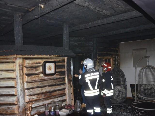 Fiamme nella sauna, hotel evacuato per precauzione