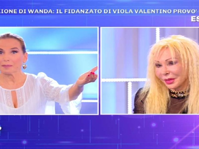 """Wanda Fisher: """"Il fidanzato di Viola Valentino ci ha provato con me""""/ """"Voleva..."""""""